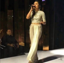 Singer Zoe Vicaji on ramp