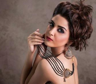 Maya Ali (5)
